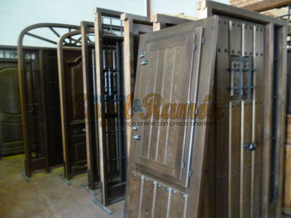 Tienda de puertas y ventanas de madera for Puertas exteriores baratas
