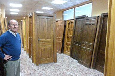 puertas de madera, valera de abajo