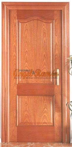 modelo e puerta interior de madera clsica