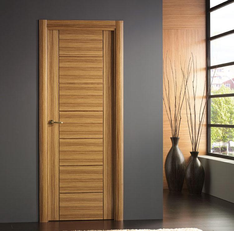 modelo puerta interior madera moderna