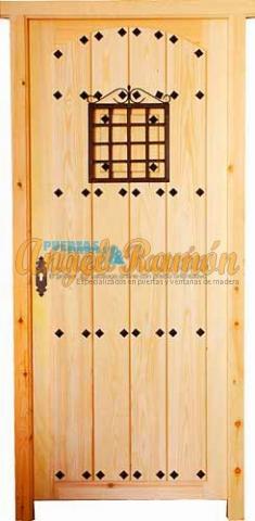 puerta-calle-exterior-entrada-rustica-madera-oferta-barata-pino-iroko-amedida-1hoja-porton-
