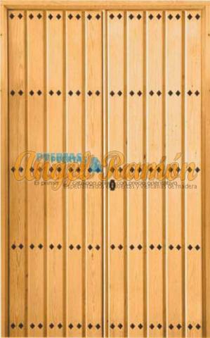 porton-2hojas-rustico-madera-tablas-clavos-exterior-entrada-artesanal-emvejecido-pino-iroko-oferta-barata.stock