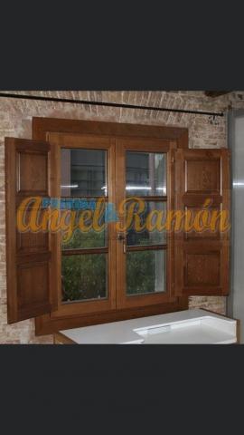 ventana europea tipo ingles 2hojas pino iroko amedida rustica barnizada
