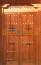 puerta-rustica-porton-2hojas-amedida-forja-barata-oferta-pino-iroko-mensulas-artesanal-casarural-