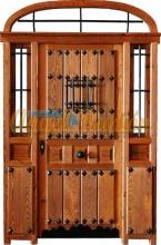 puerta-calle-entrada-rustica-porton-madera-forja-artesanal-emvejecida-artesanal-medio punto-pino-iroko-oferta-barata-seguridad
