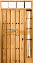 puerta-rustica-calle-madera-entrada-laterales-montante-rejas-forja-clavos-iroko-pino-amedida-emvejecida-oferta-barata-stock
