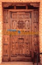 puerta-rustica-artesanal-madera-pino-iroko-oferta-lateralciego-montante-rejas-clavos forja-amedida-emvejecida-artesanal